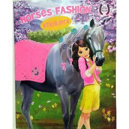 Horses Passion 4 - Milujeme koníky - Omalovánky a samolepky Naučná literatura do 10 let