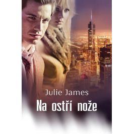 James Julie: Na ostří nože