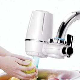 Keramický kuchyňský filtr na vodovodní baterii